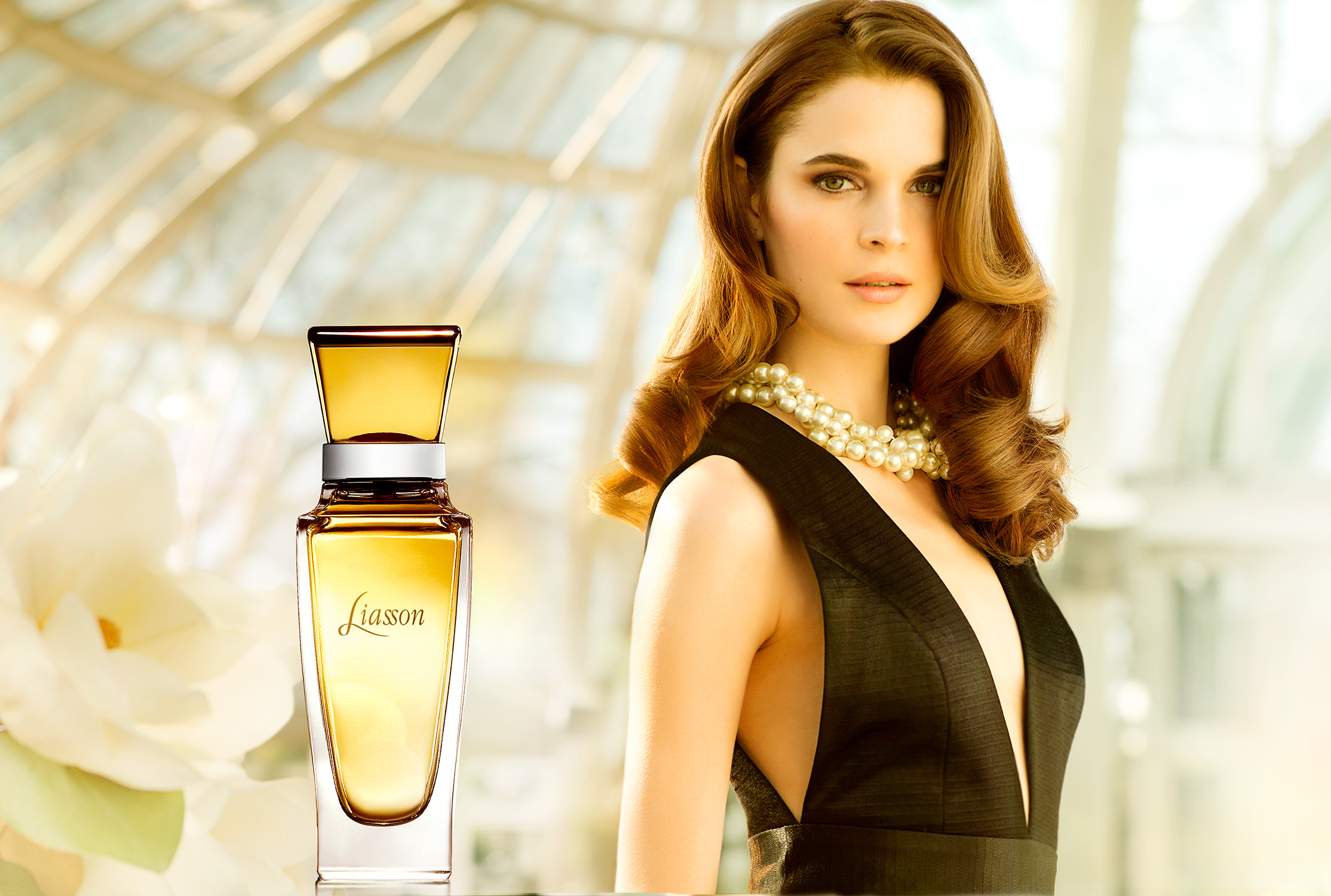 ES_Fragrance_Ads_003