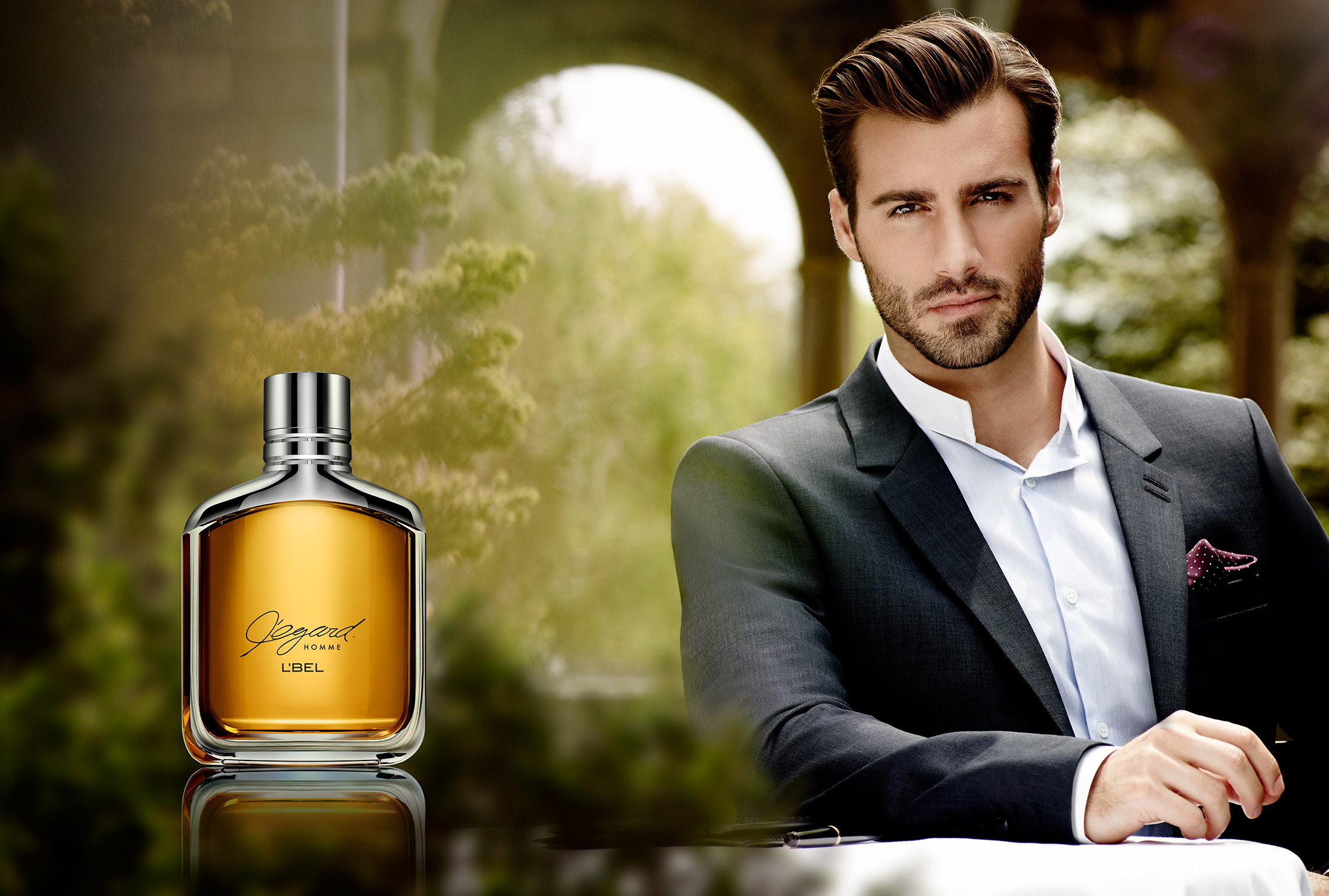 ES_Fragrance_Ads_010